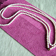 SALE Vintage Milk Glass Flapper Length Beaded Necklace