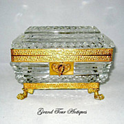 BACCARAT 19th Century Highly Cut Crystal Casket