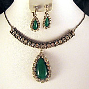 Vintage Green Glass Rhinestone Necklace Earrings