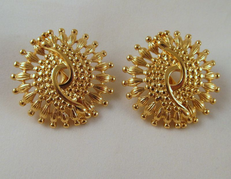 Monet Minaret Clip Earrings Gold-tone