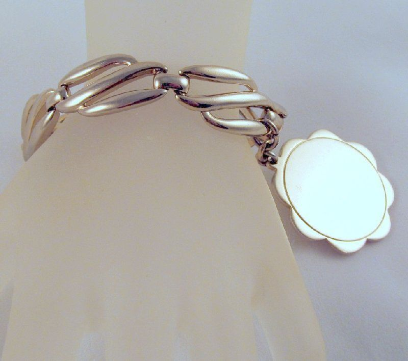 Monet Charm Bracelet Blank Charm ca.1950 Gold-tone