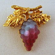 Napier Bicolor Glass Grape Brooch Gold-tone Vintage