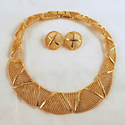 Classic Napier Gold-tone Necklace Pierced Earrings Open Weave Design