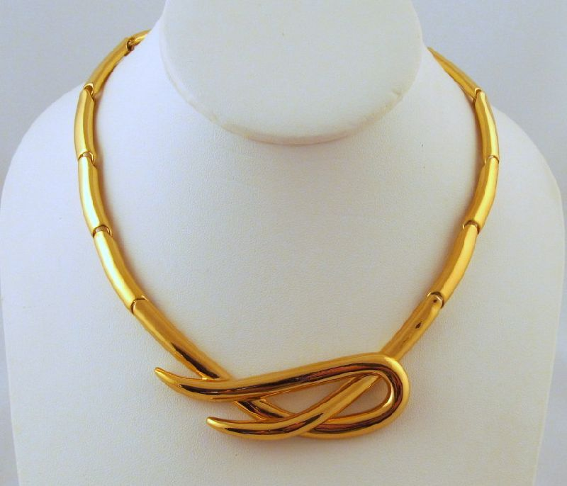 Monet Flexible Segments Gold-tone Necklace 1970s