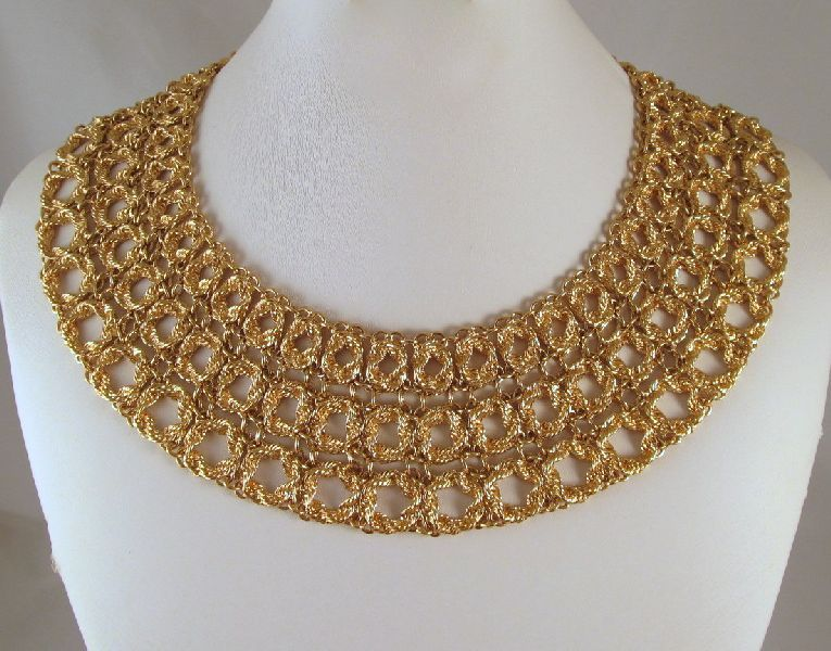 Monet Bouclais 1972 Collar Necklace Gold-tone Book Piece