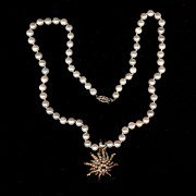 Beautiful Estate Pearls w/ 14K Gold Sunburst Clip Pendant - Moveable