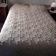 Vintage Hand-Made Two-Tone Crochet Bedspread Coverlet