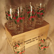 Set of 8 Vintage Christmas 12 oz. Glasses Holly Pattern