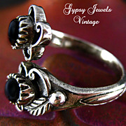 Vintage Sterling Ring with Black Onyx Settings
