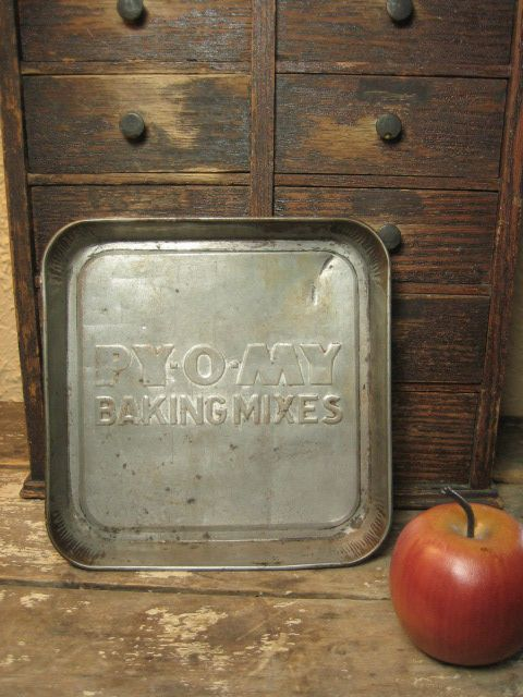 Small Old Advertising Tin `PY-O-MY' Baking Mixes' Kitchenware Pan