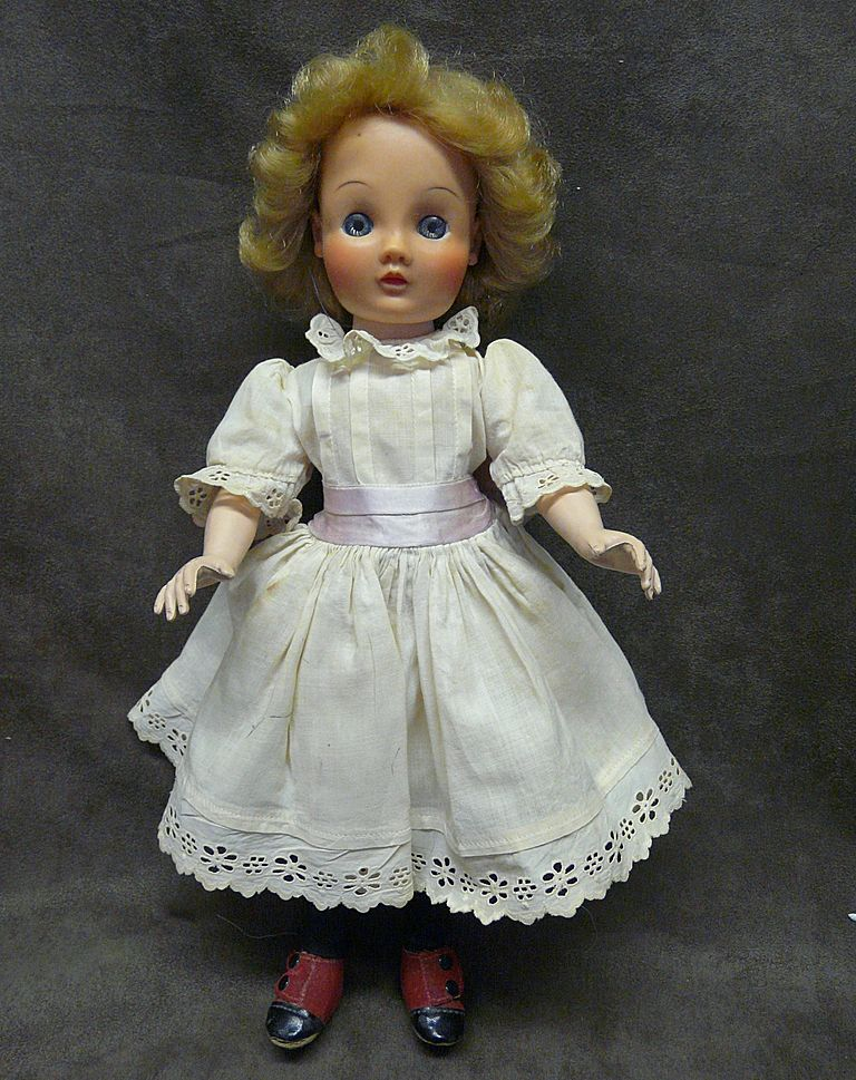 1953 Madame Alexander Miss Flora McFlimsey doll - Cissy