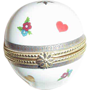 Estee Lauder Round Porcelain Hearts and Flowers Private Collection Keepsake Box ~ Adorable!