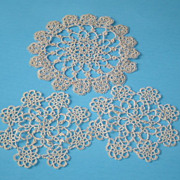 Vintage Set of Hand Tatted Doilies