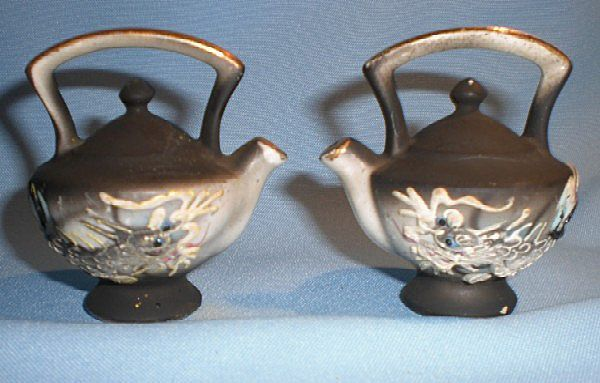 Vintage Miniature (Mini) Moriage Dragonware Teapot Salt and Pepper Shakers