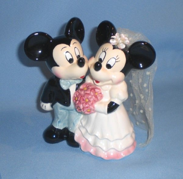 Disney Mickey and Minnie Mouse Bride and Groom Taiwan