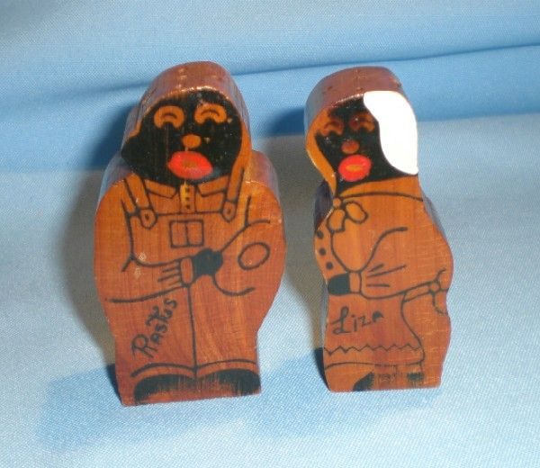 Black Americana Rastus and Liza Wooden Souvenir Salt and Pepper Shakers