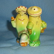 Anthropomorphic One Piece  Salt and Pepper Dancing Bananas With Sombreros