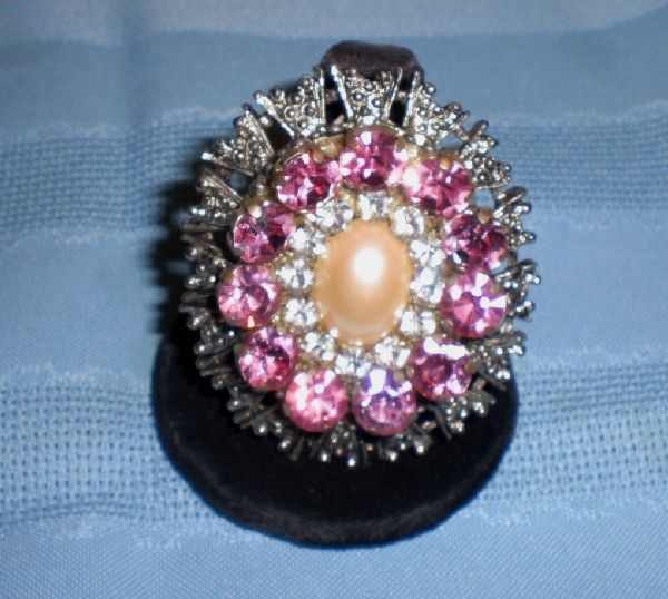 Beautiful Silver-Tone and Rhinestone Pin/Brooch with Faux Pearl Center