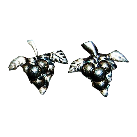 Pair of Grape Custer's Motif Mexican Sterling Earrings