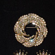 Hobe Rhinestone Shaped Demi Parure - Wreath Shaped Pin