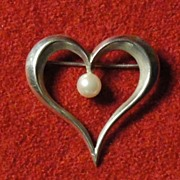 Hand Wrought Studio Artist Pearce Sterling Heart Pin with Cultured Pearl