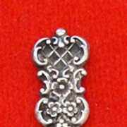 Child's Sterling Silver Button Hook Floral Trellis Pattern