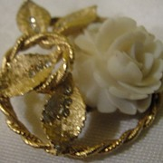 BSK White Rose in Gold tone Circle Brooch - Free Shipping