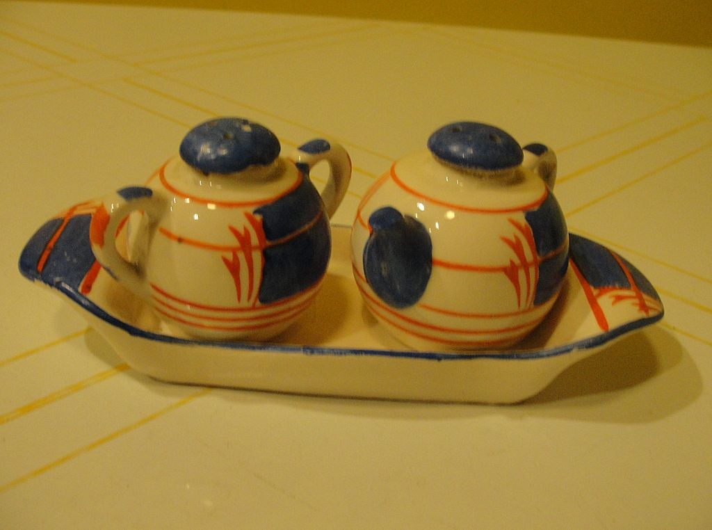 Japanese Tea pot and Jar on Tray Salt and Pepper Shaker