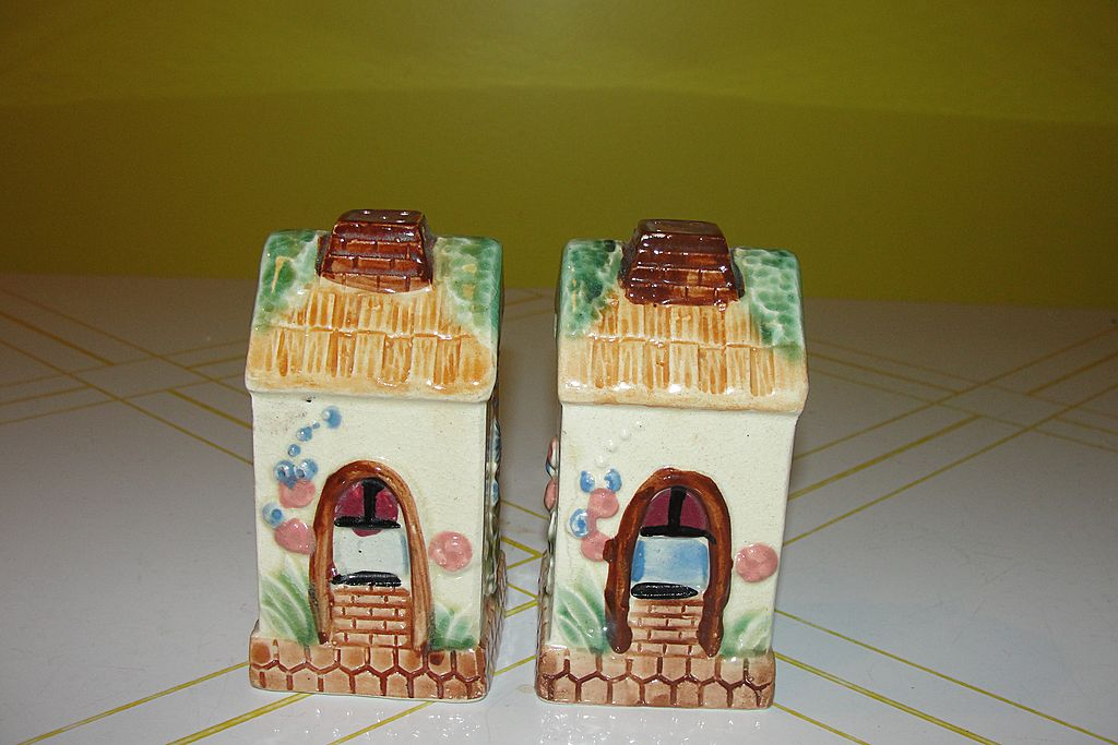 Country Cottages Salt and Pepper Shakers