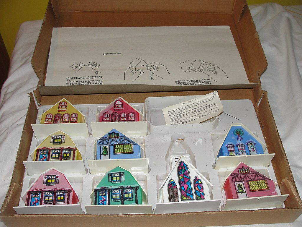 9 Piece Alpine Village in Cardboard Box