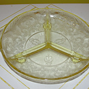 Yellow Indiana Glass Horseshoe Divided Relish Tray
