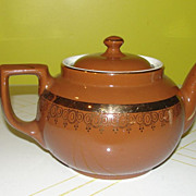 Hall 8-cup Brown with Gold Trim Tea Pot