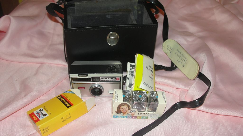 Kodak Instamatic Camera  No 104 with case