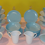Goes Along Blue and White Melmac/melamine 19 piece Dishes