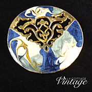 SALE Vintage enameled brooch