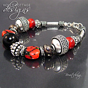 Artisan crafted lampwork and silver plated bracelet
