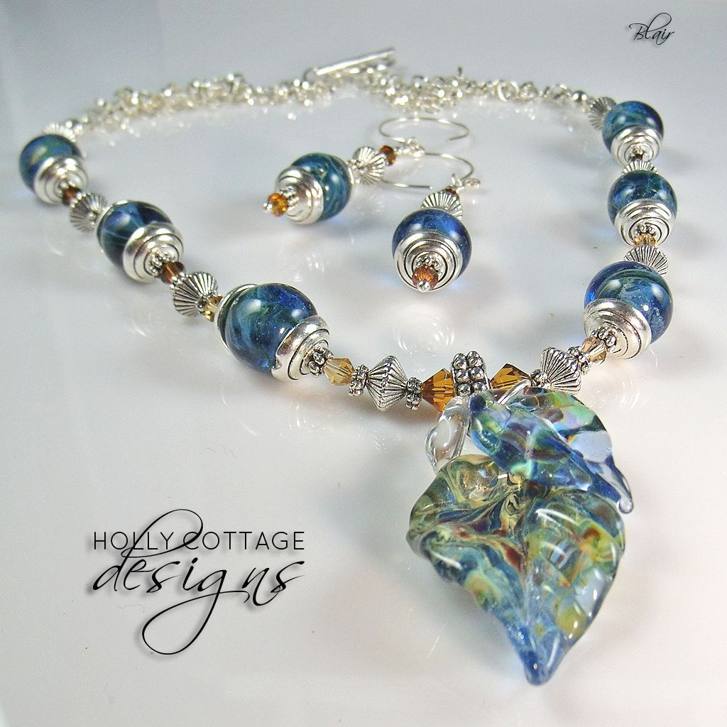 Artisan crafted necklace and earring set