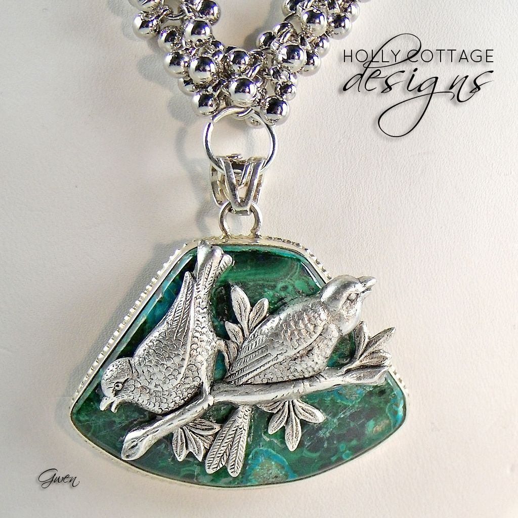 Artisan crafted necklace with Malachite pendant