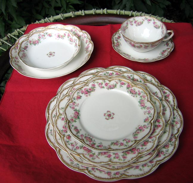 Antique Haviland Limoges 8 Piece Place Setting Schleiger 270