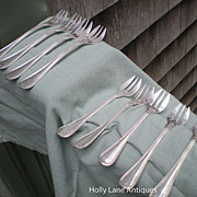 Set Of 9 French Silver Plated Oyster Forks - Ercuis - Filets Pattern