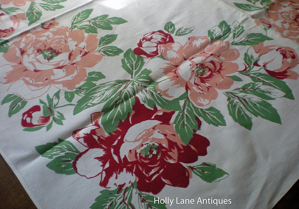 Vintage Floral Print Tablecloth Large Pink Flowers