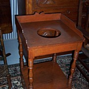 REDUCED American Federal Sheraton Walnut Wash Stand