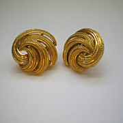 Crown Trifari Gold Tone Textured Swirl Clip Earrings