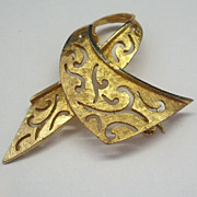 BSK Ribbon Pin Gold Tone Cut Outs
