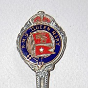 Vintage QUEEN MARY Souvenir Spoon / Enamel / Silver Plate (R.M.S. Queen Mary)