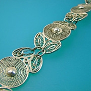 SALE Silver Filigree Circle Flower and Leaf Bracelet