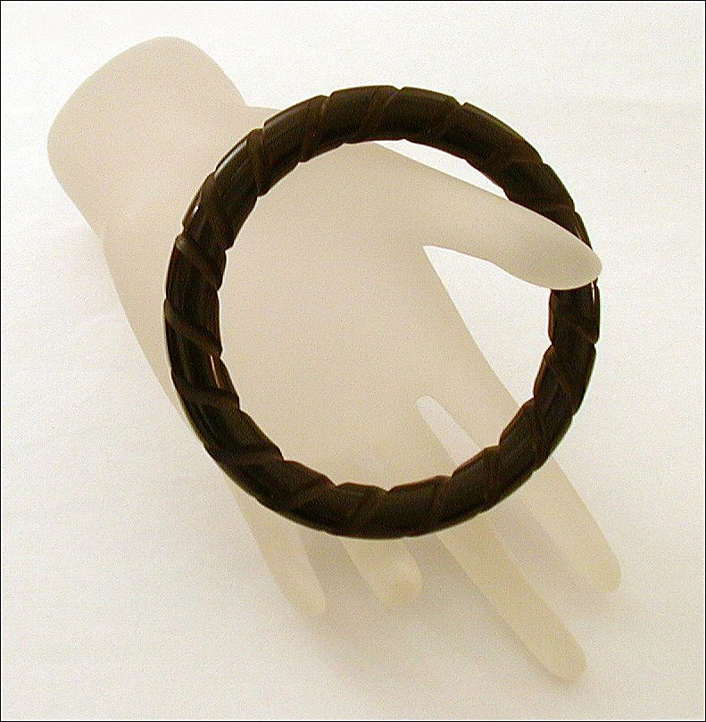 Dark Brown Bakelite Bangle Bracelet Deeply Carved Twist Pattern