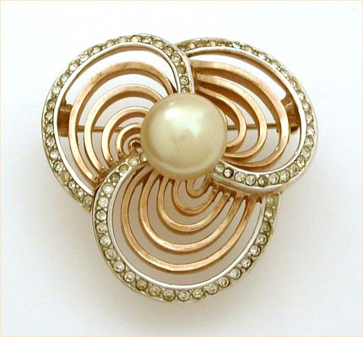 Trifari Trefoil Brooch with Costume Pearl & Openwork Detailing