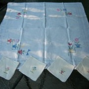 SALE Vintage Cross Stitch Linen Tablecloth and 4 Matching Napkins