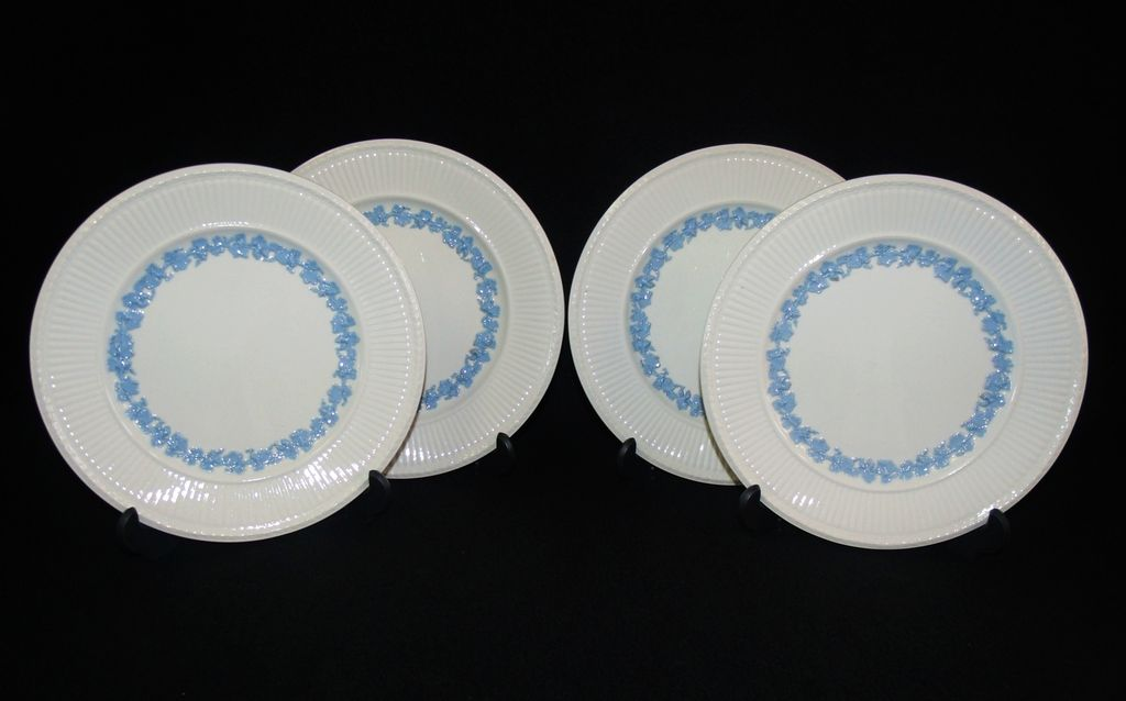 Set of 4 Wedgwood Queen's Ware Plates